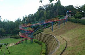 亀山公園ロングローラーコースター