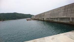 錦漁港白灯台